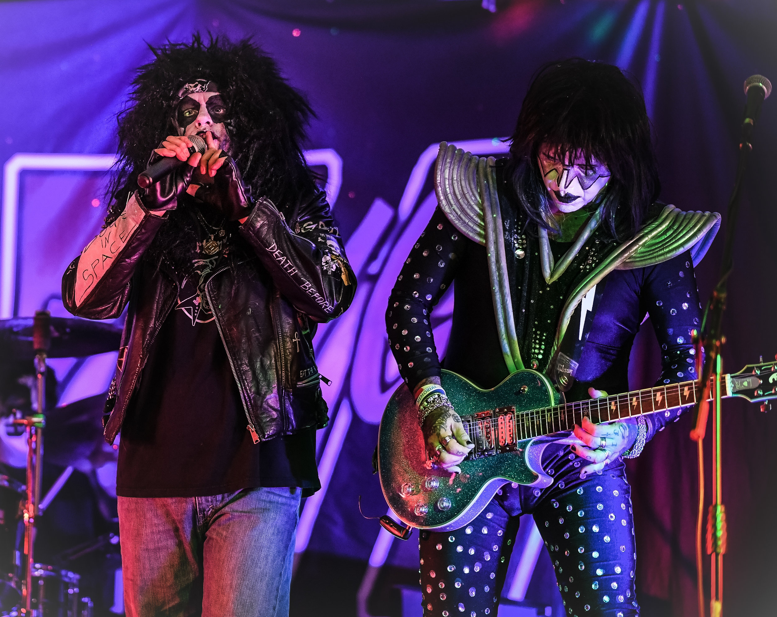 moa--kiss-forever-rock-addiction_45667607452_o.jpg
