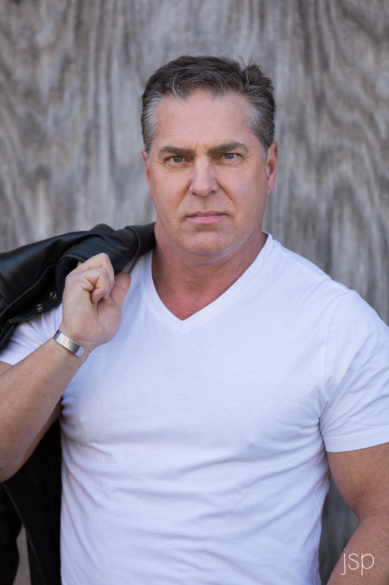 headshots_whitetshirt_leatherjacket