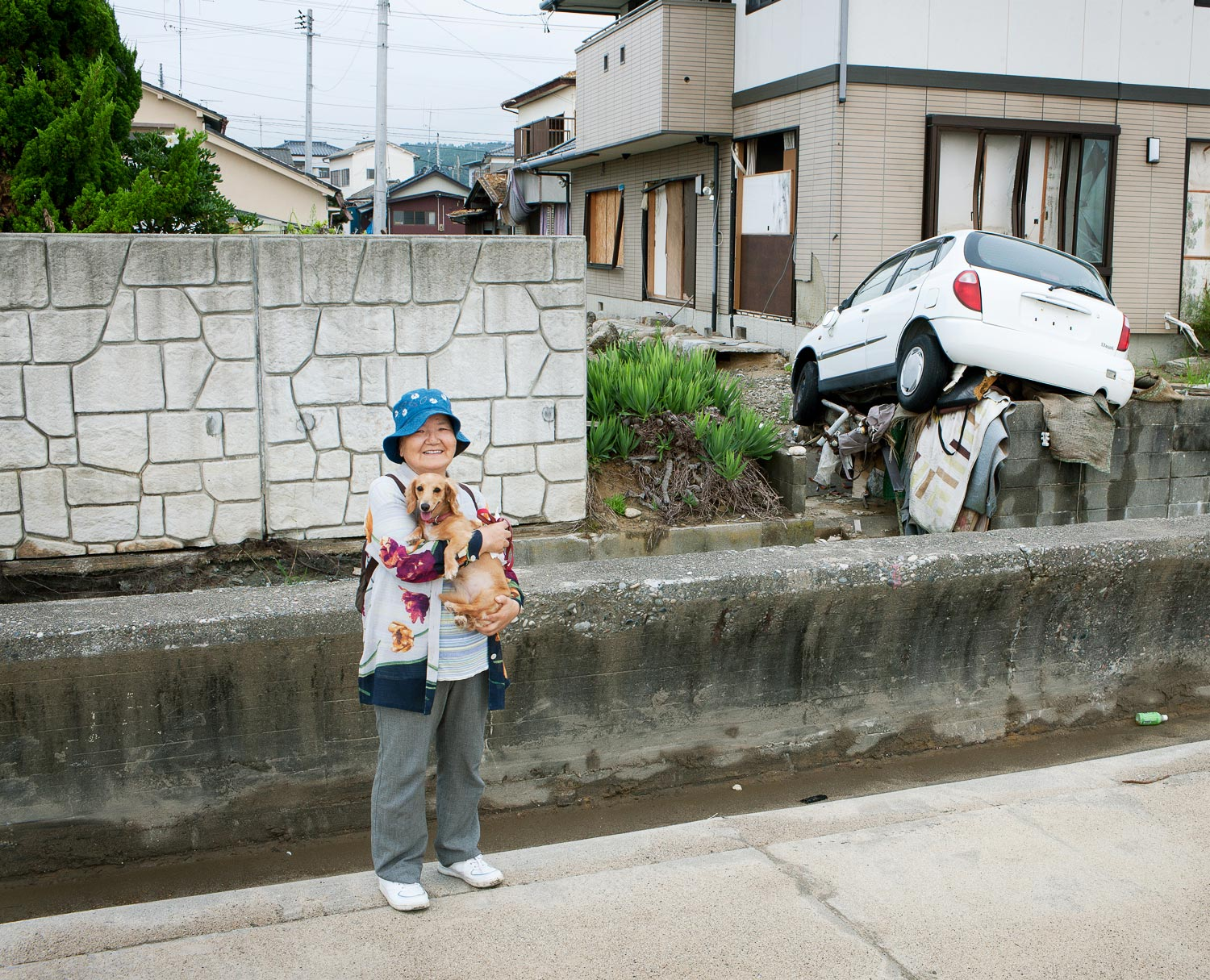 One of the few local people I ran into that morning in Hisanohama