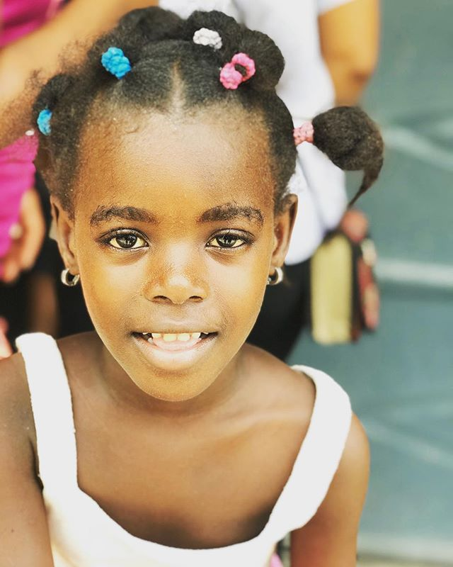 Good afternoon from Haiti 😍🇭🇹 New travel dates are on the site, click the link in bio to find out how you can be apart of the movement ❤️✈️ #haiti  #blacktravelfeed #travelabroad  #teachabroad #serviceabroad  #volunteer  #haititrip #outreach  #humitarian  #blacktravel