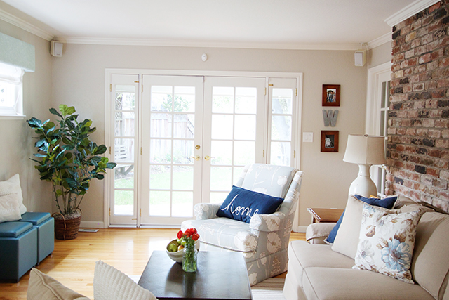 family room 15.jpg
