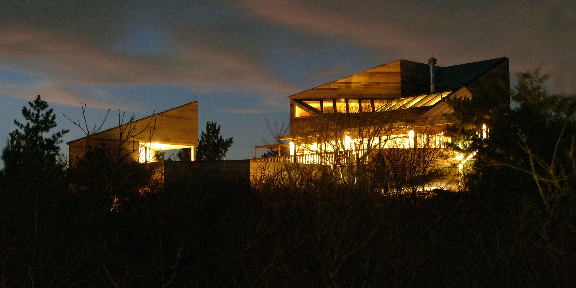 2 dune house at night.jpg