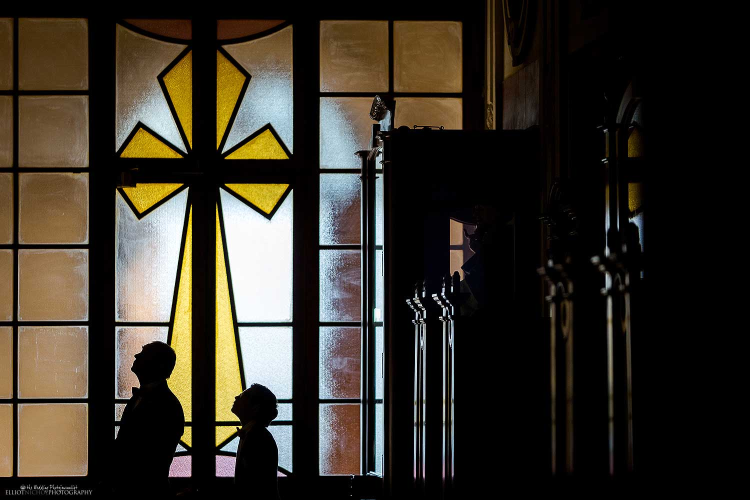 silhouette-church-wedding-cross-abstract-photo