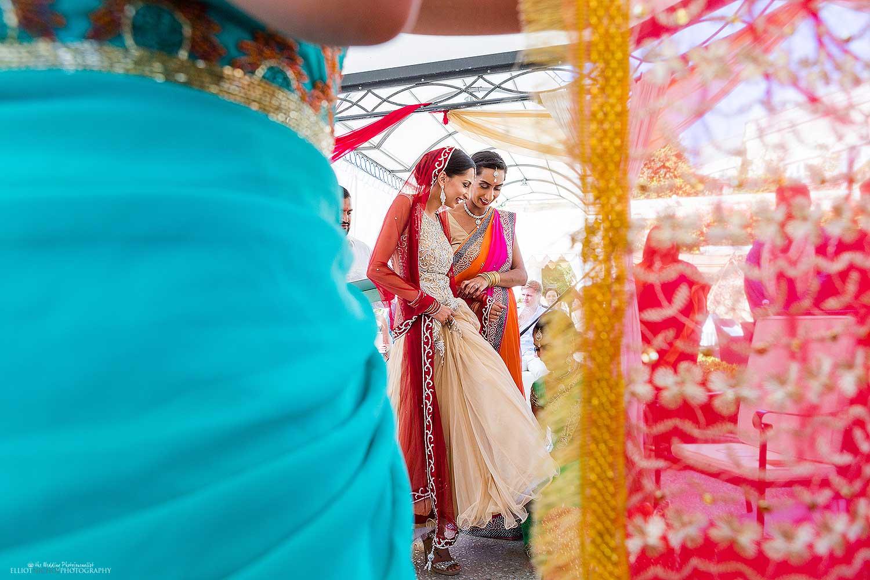 indian-wedding-bride-hindu-ceremony-weddings-photographer