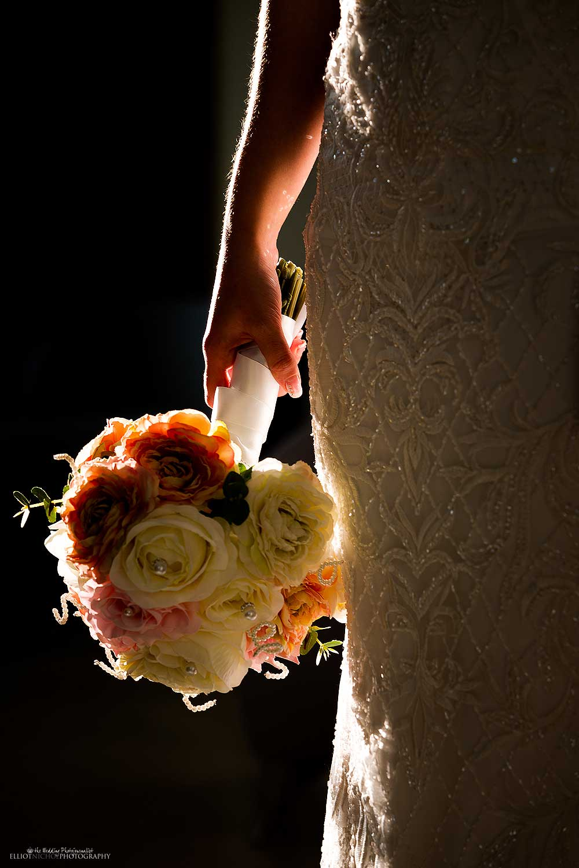 bouquet-wedding-bride-creative-light-best-photography