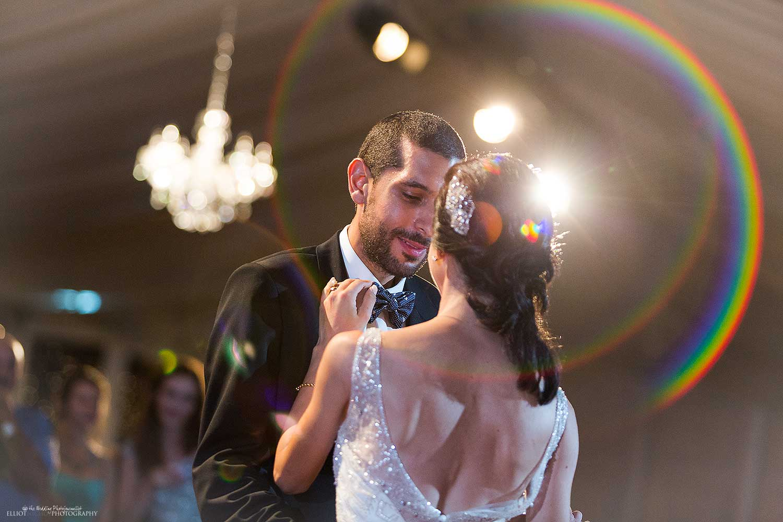 bride-groom-dancing-dance-first-photography
