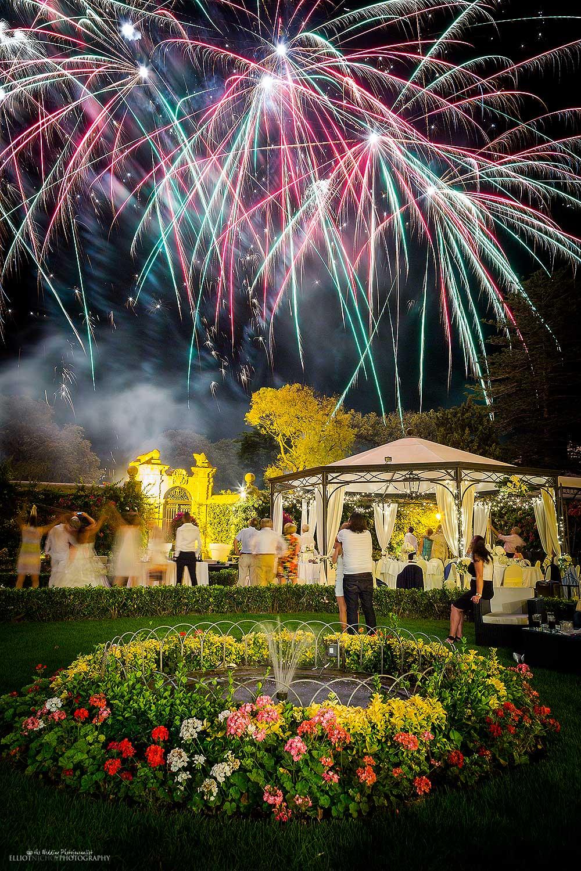 garden-wedding-venue-fireworks-destination-weddings-photographer