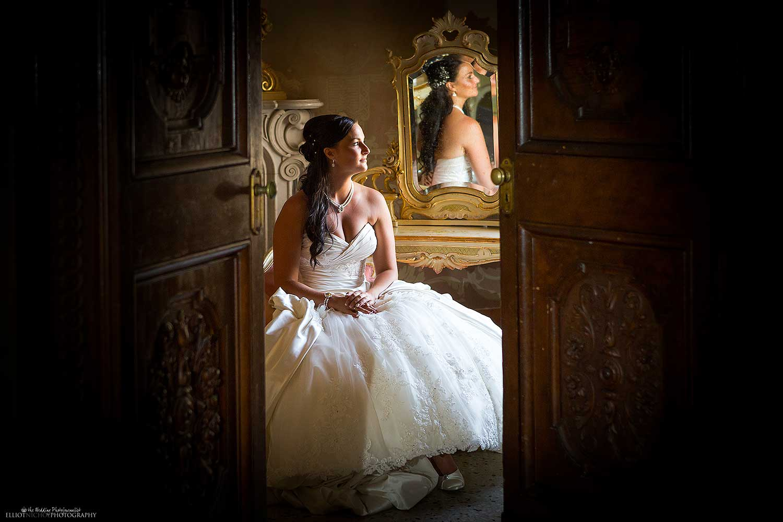 elegant-bride-bridal-suite-wedding-photography