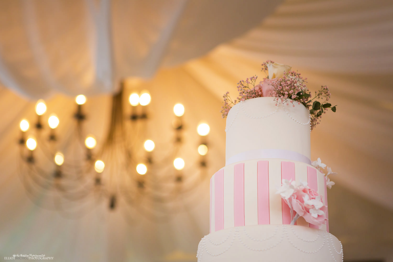 Wedding cake at Villa Arrigo wedding reception