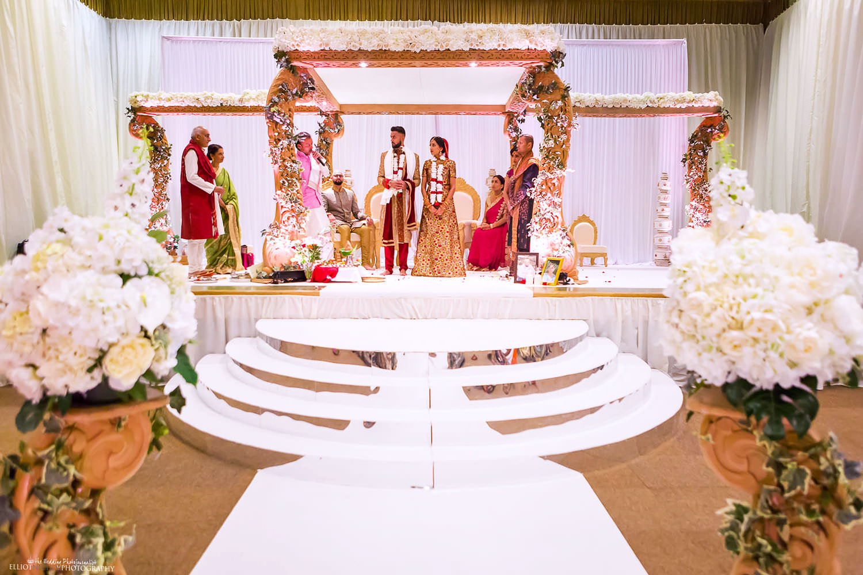 Hindu wedding ceremony. Photo by Newcastle Upon Tyne based wedding photojournalist Elliot Nichol.