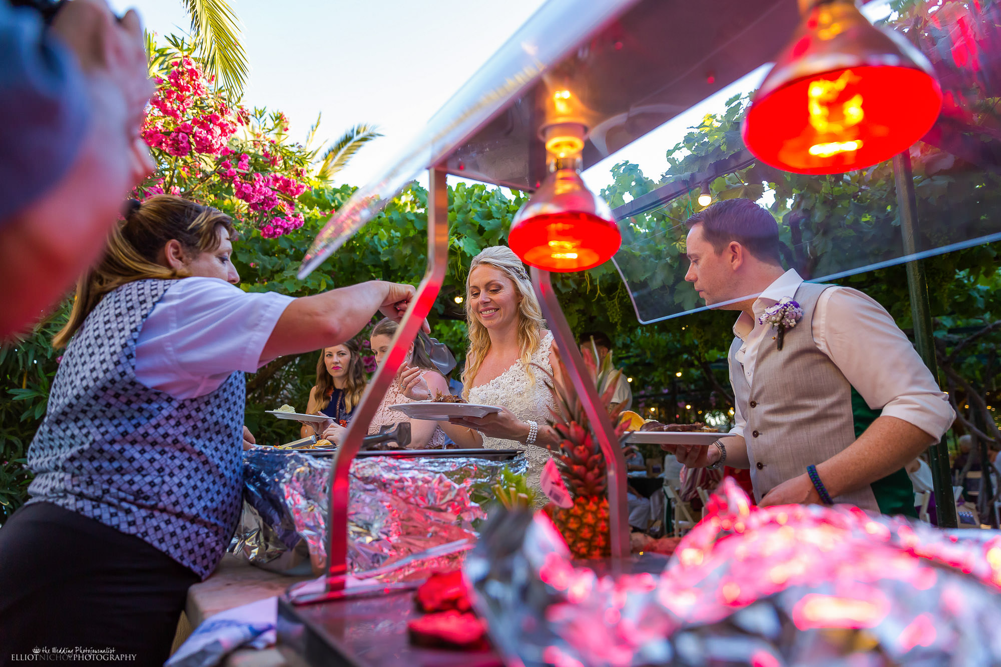 wedding-buffet-bride-groom-reception-meal-destination-wedding