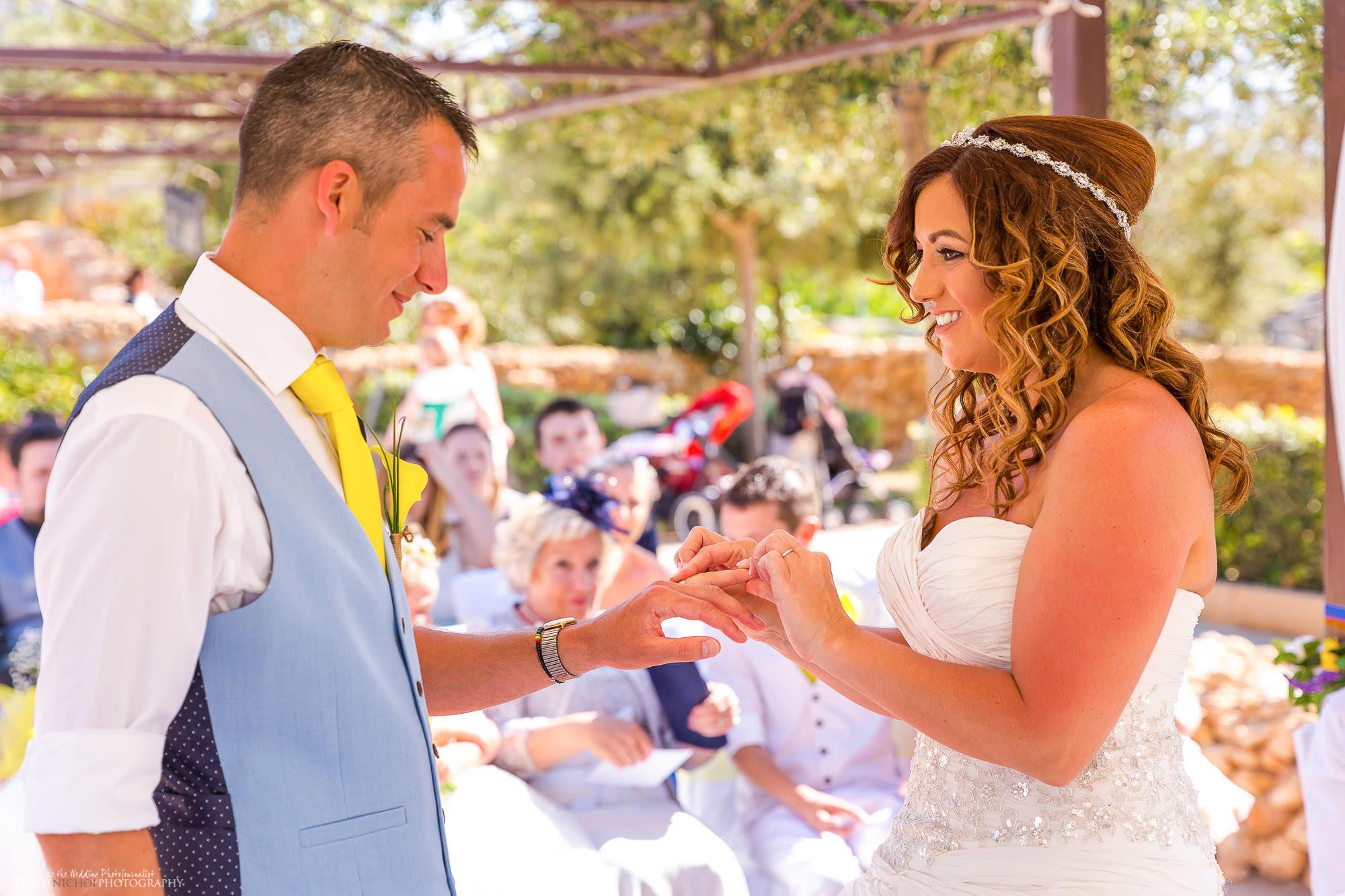 wedding-ceremony-photography-destination-bride-groom