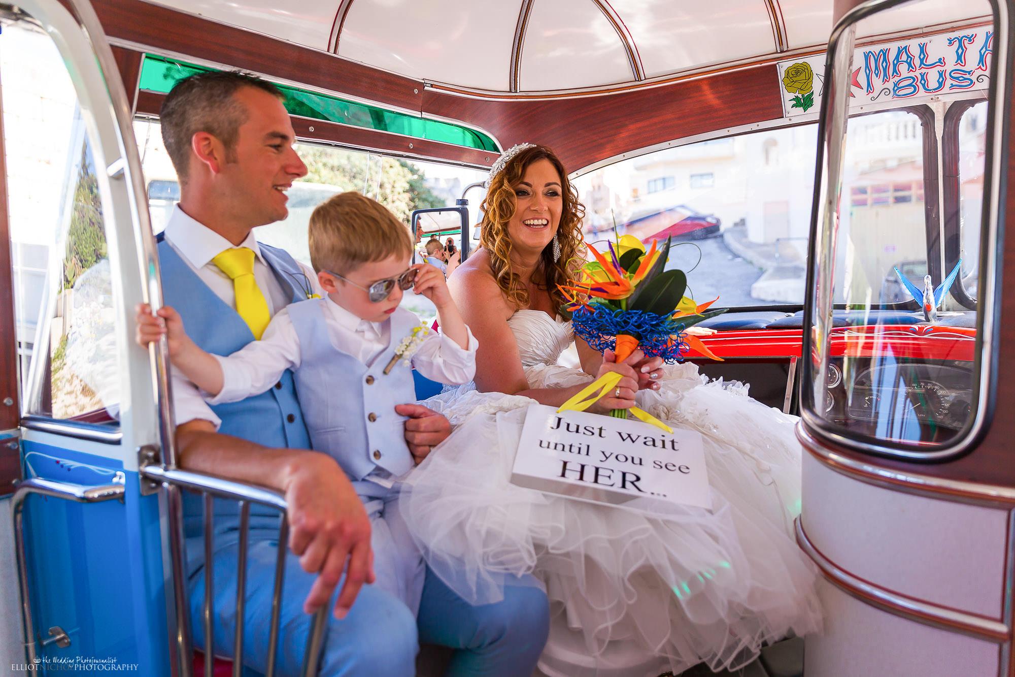 wedding-bus-ride-transport-Malta-photography