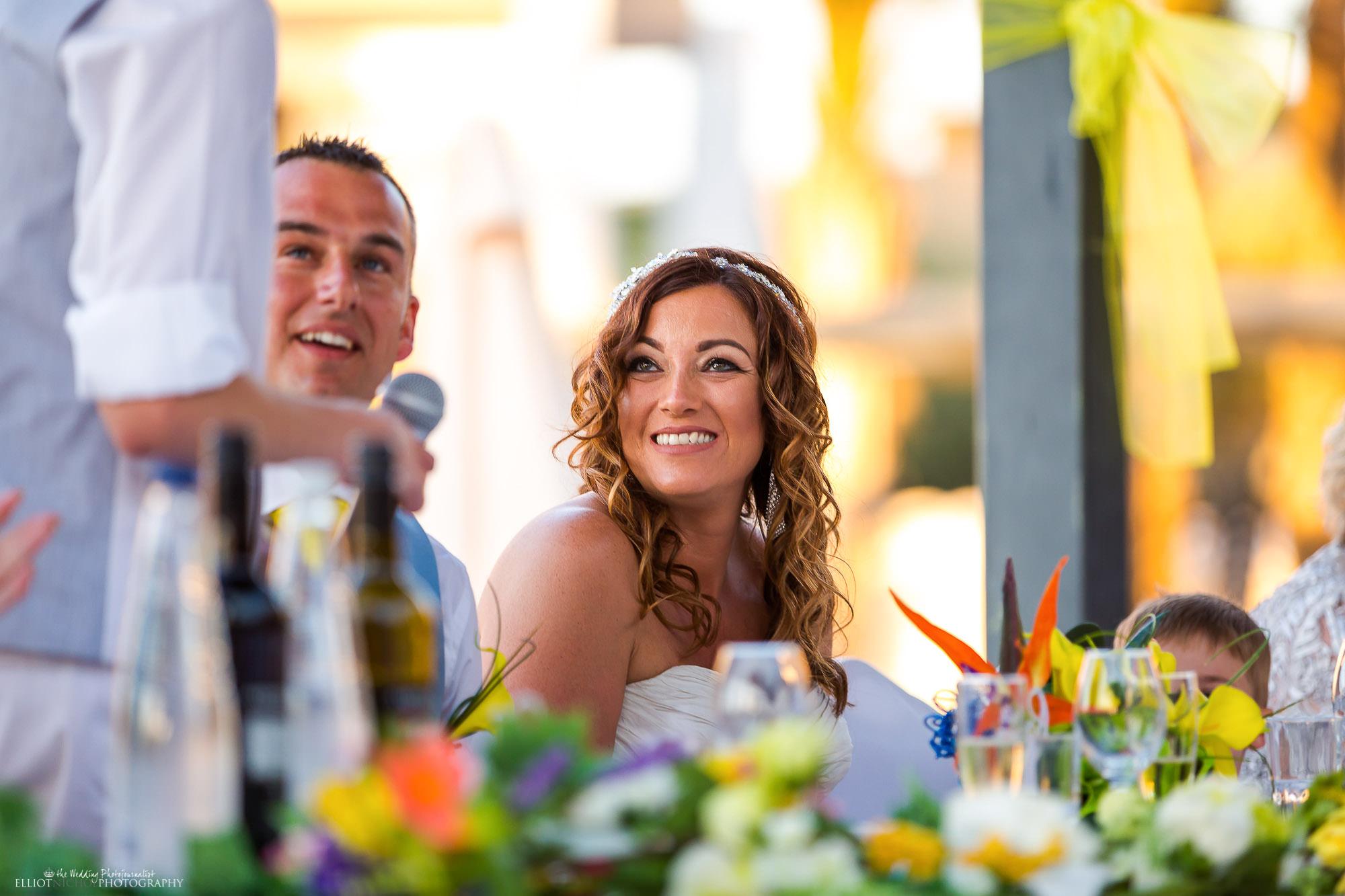 bride-reaction-wedding-day-speeches-photography