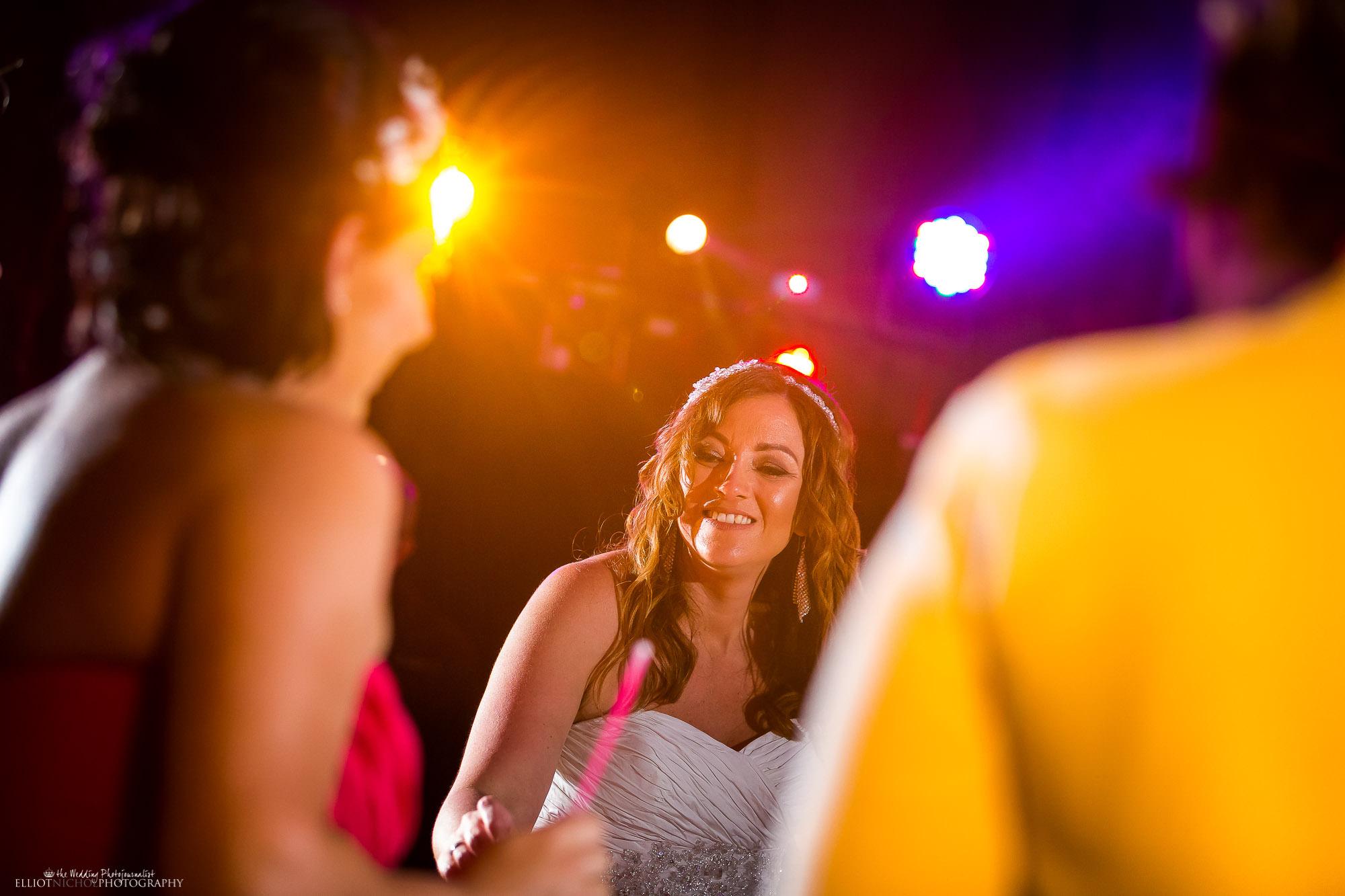bride-party-reception-wedding-photography