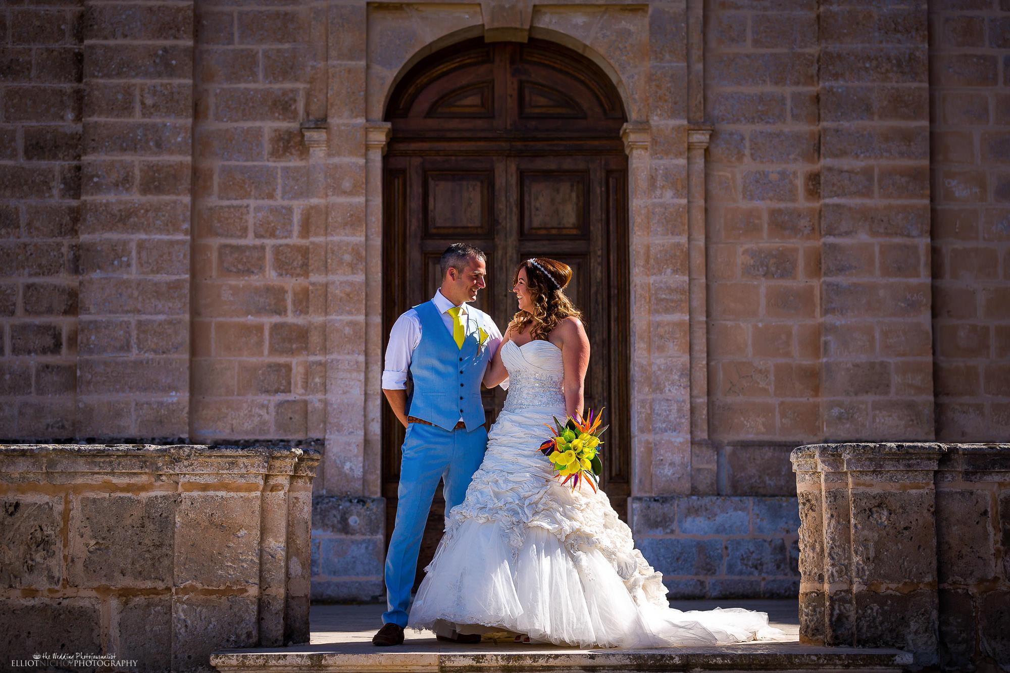 portrait-bride-groom-newlyweds-destination-photography