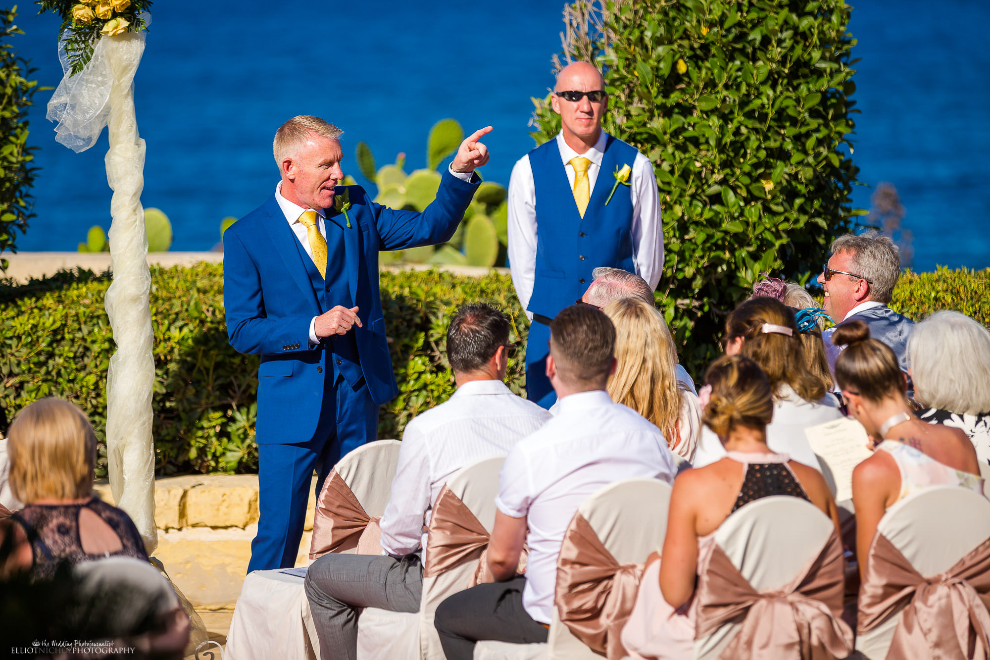 groom-waiting-bride-wedding-ceremony-destination