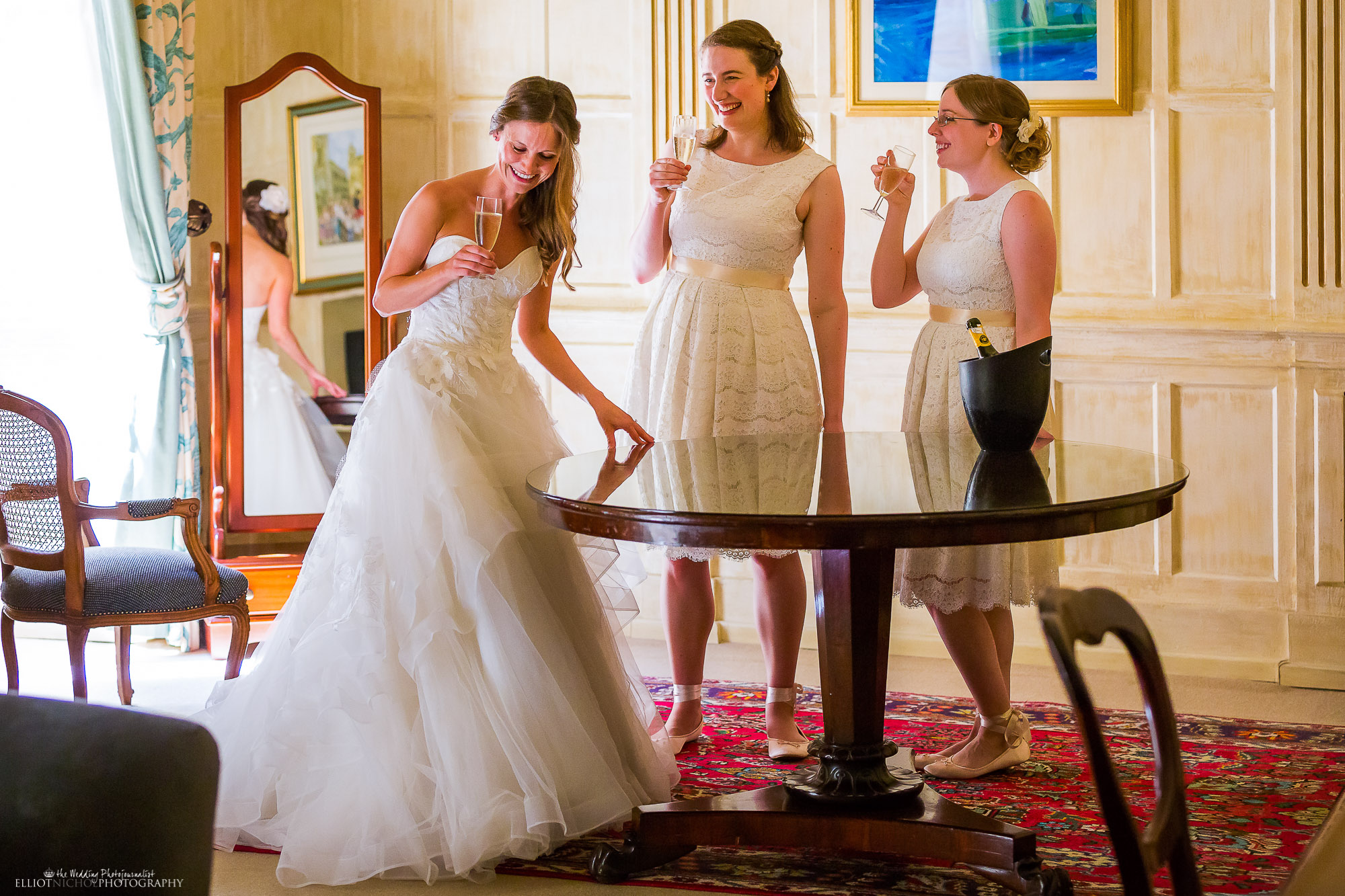 bride-champagne-bridesmaids-wedding-photographer-Newcastle