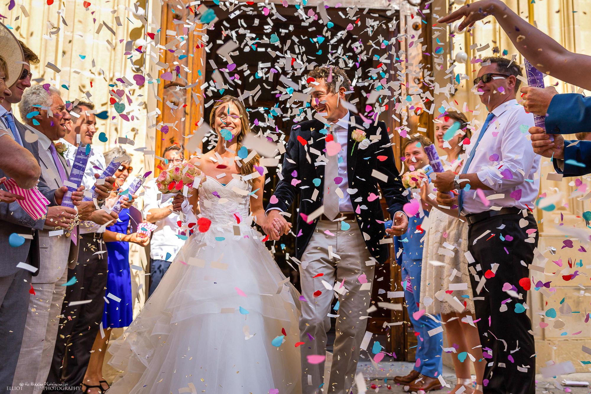 confetti-wedding-church-bride-groom-photography