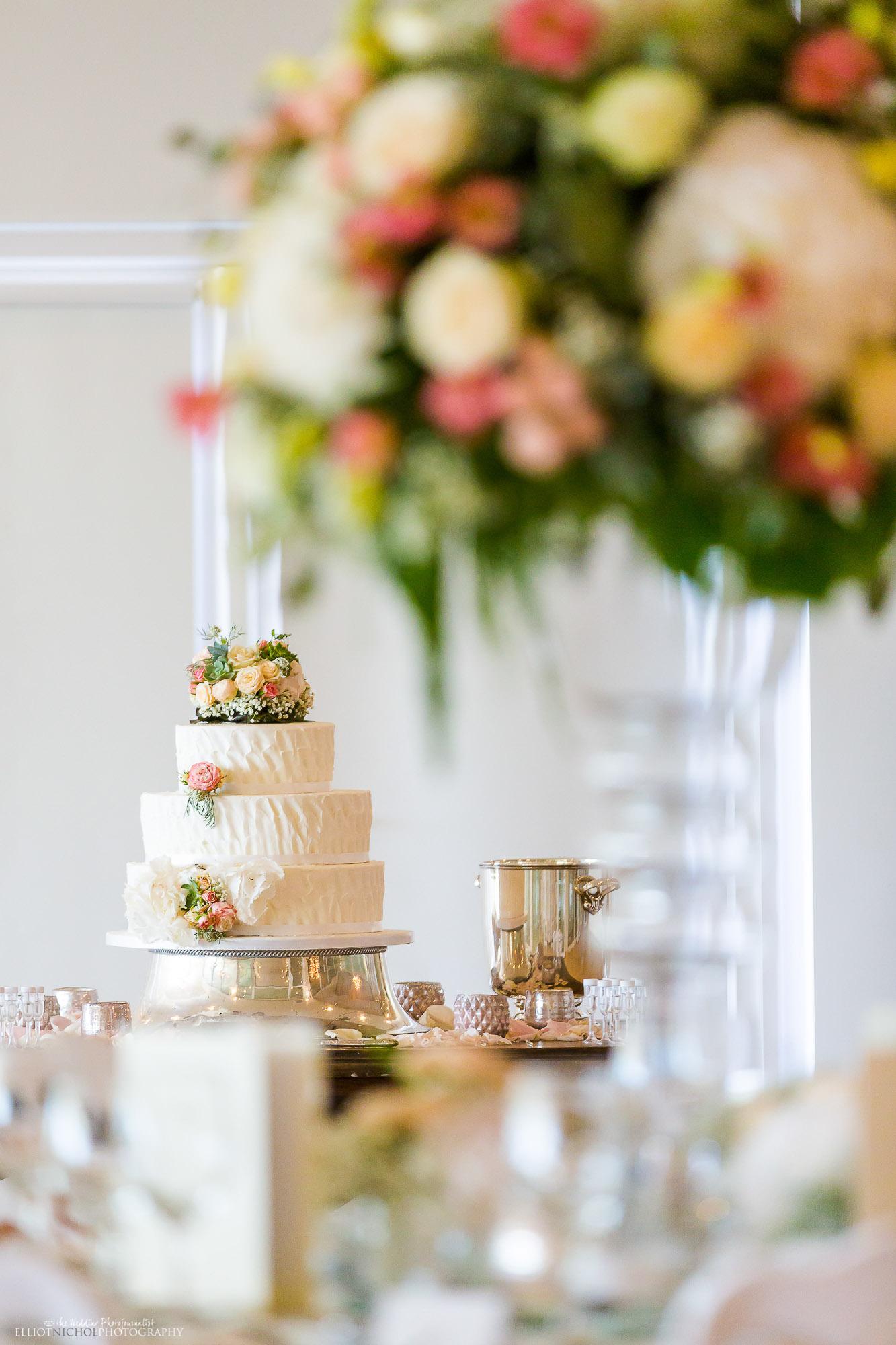 Wedding-Cake-destination-weddings-photography