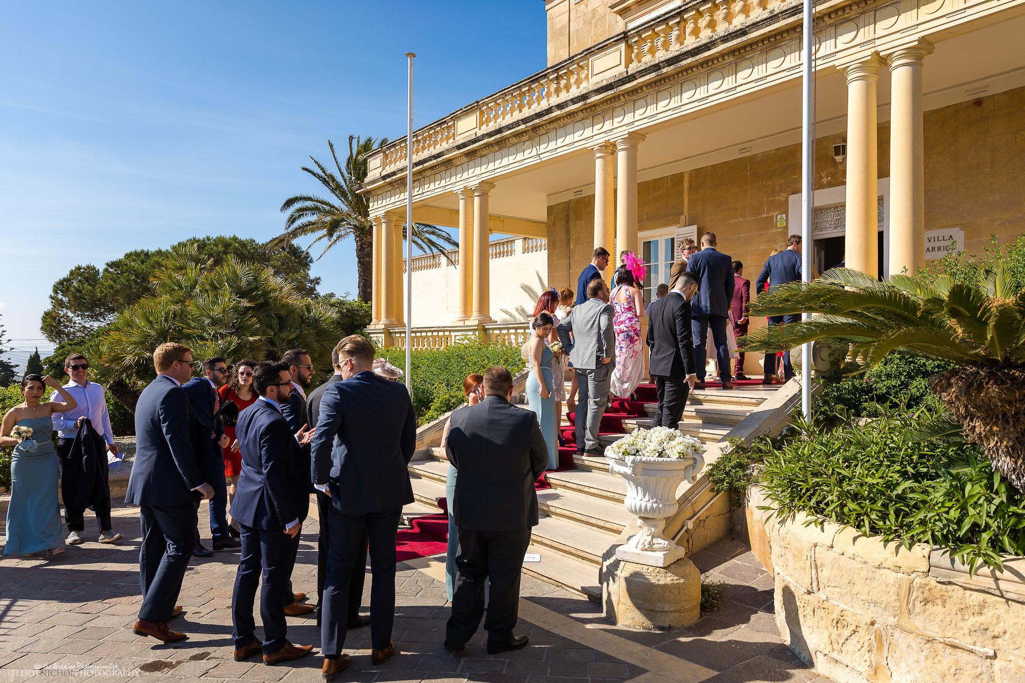 guests-arrive-Villa-Arrigo-Malta