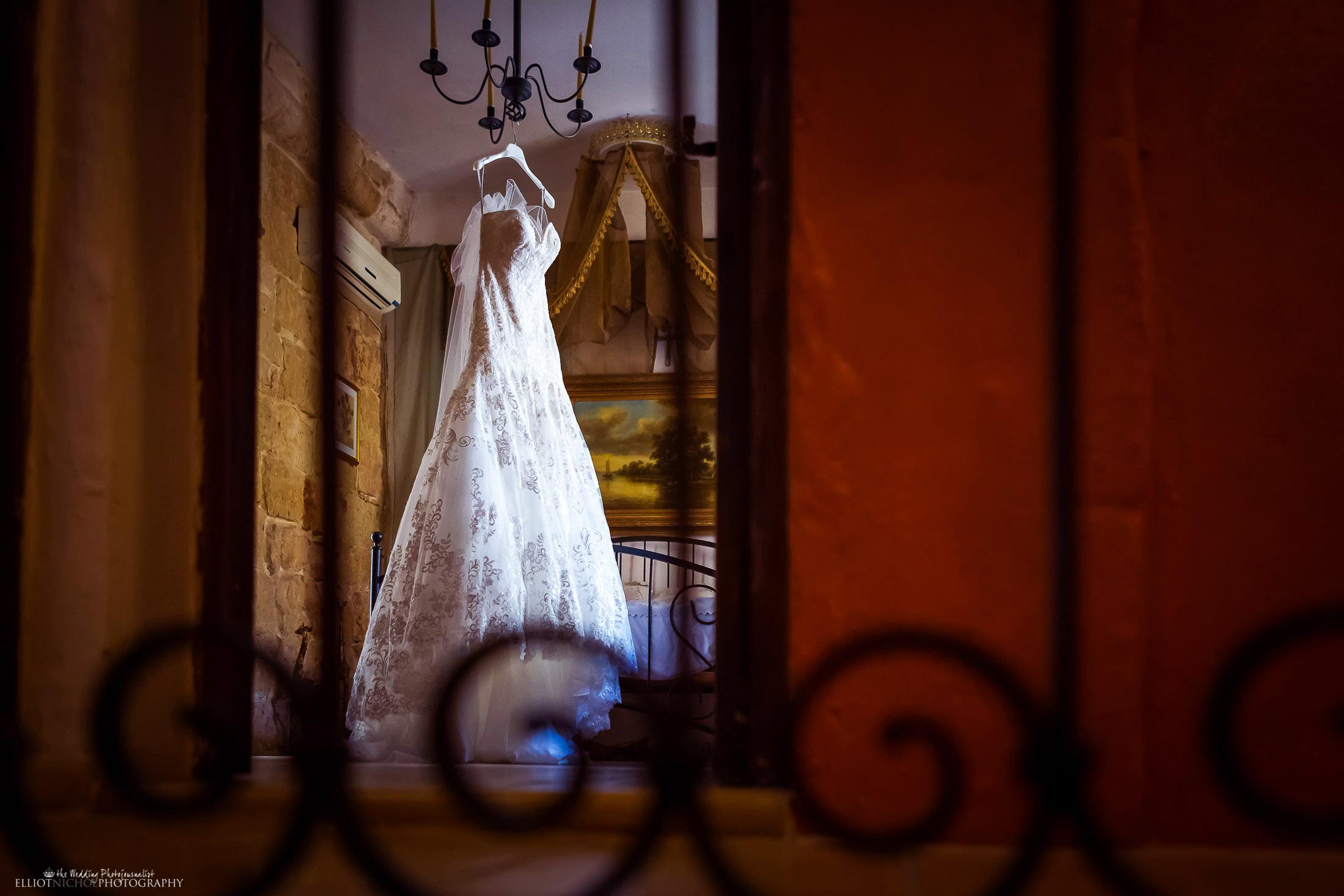 Brides wedding dress detail. Photo by Elliot Nichol Photography.