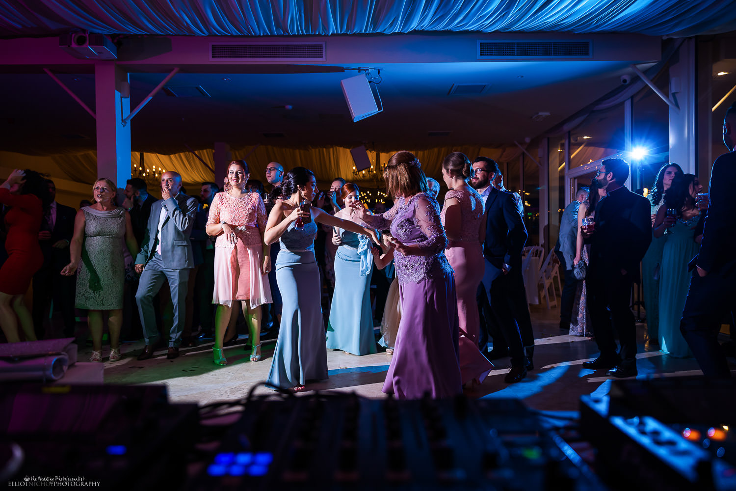 Wedding reception partying. Photo by Elliot Nichol Photography.