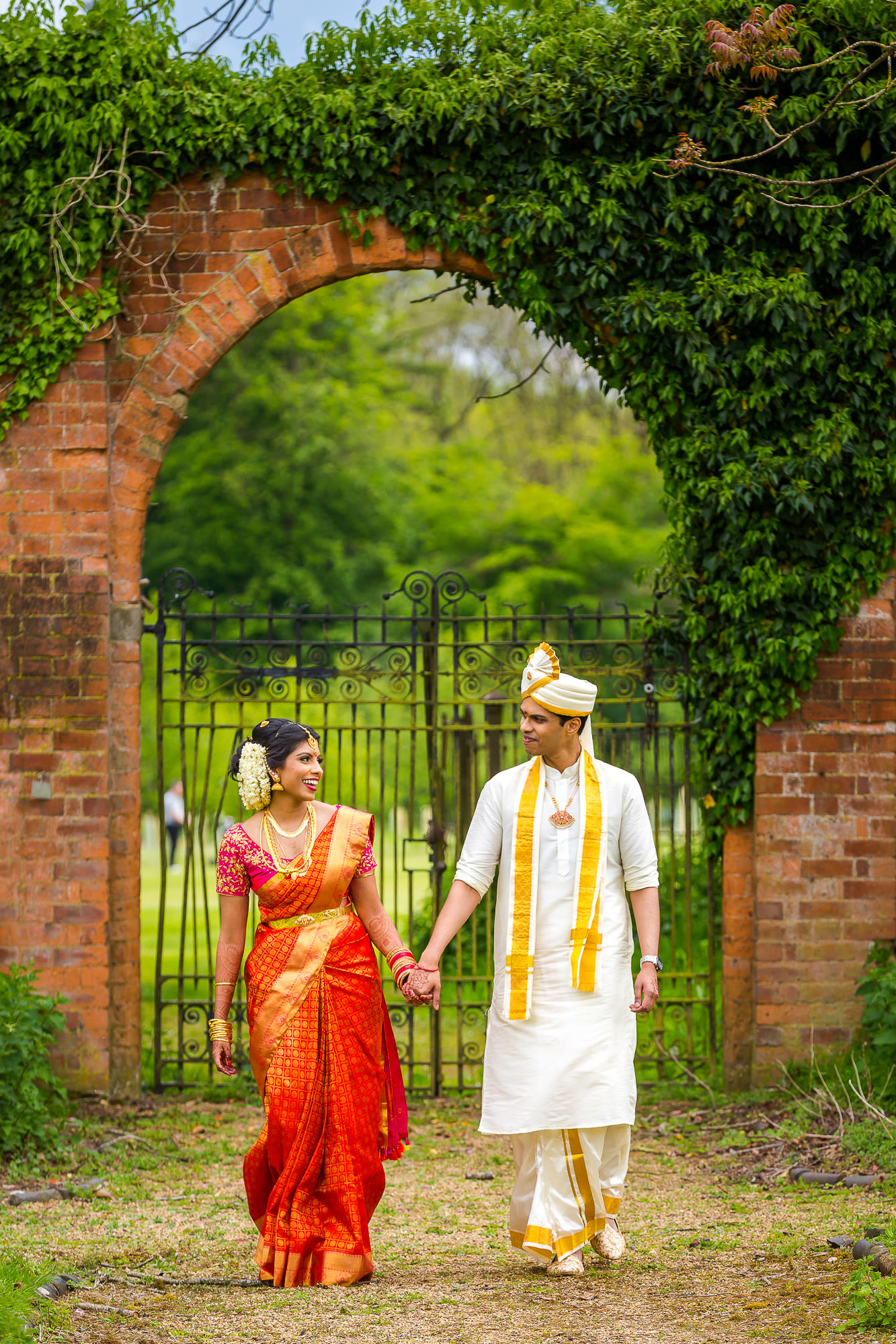 asian-wedding-hindu-tamil-photographer-heythorpe-oxford-0076.jpg