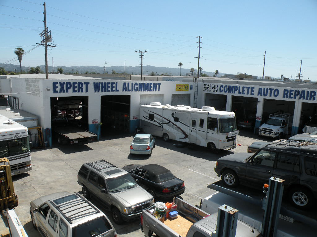 Auto Repair Shop Van Nuys.jpeg