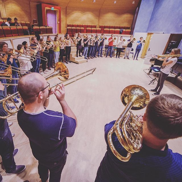 We have been instalazy, sorry bout that! But, as time moves on things start to move, and that means that we have woken up and started planning the next trombonanza!  You like? Like this! Featuring @jarvbone with all you wonderfull people at the ATF2016.  Who do you want to see/hear in 2017? _____________________________________ #tromsø #arctictrombones #caroljarvis #trombone #trombonefestival2016 #trombonefestival