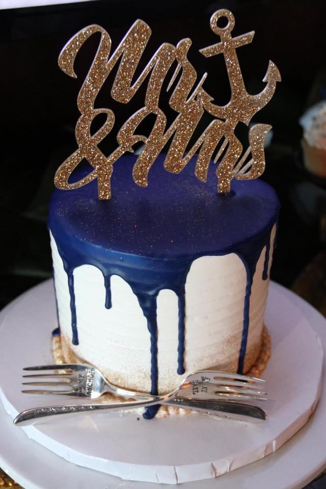 Small wedding cake with chocolate drizzle.jpg