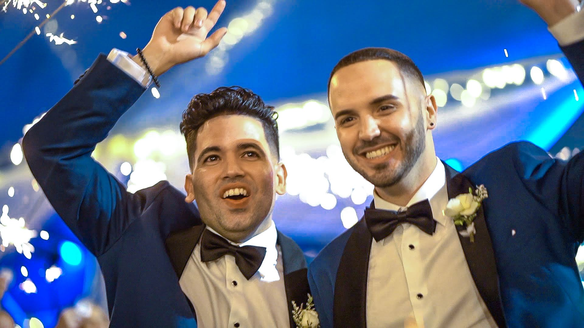 Yoeslan & Amaury - A bilingual wedding in a tropical romantic setting.
