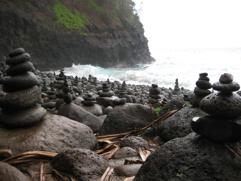 hanakapiai-falls.jpg