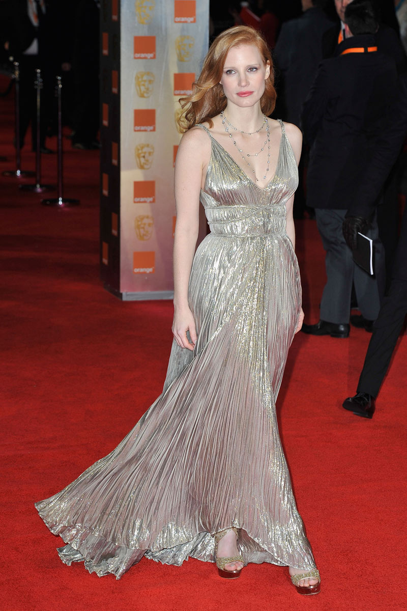 Image via Vogue, Jessica Chastain on the red carpet