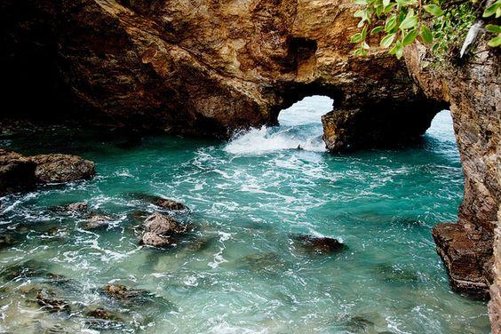 The Devil's Hole, St. Maarten