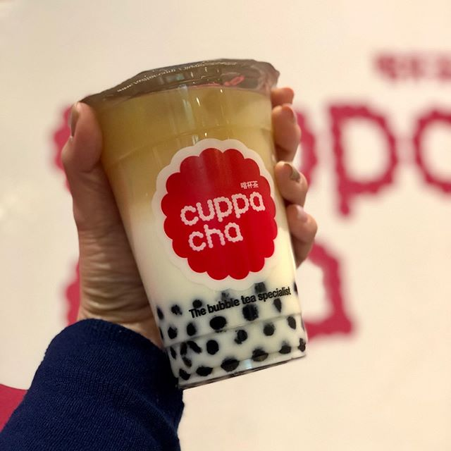 Cuppacha Fresh Milk bubble tea! You can have it in soya milk and almond milk too! 🥛 🥛 😋😋 . . . #londonbubbletea #eaterlondon #cuppacha #chinatown #chinatownlondon #milktea #boba #bobalife #bobalondon #soho #leicestersquare #coventgarden #carnabystreet #tapioca