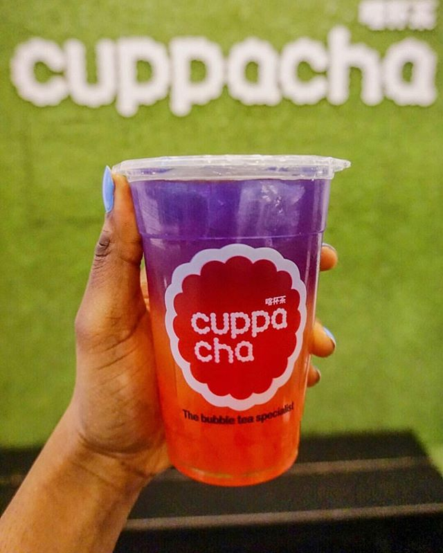 Brightening up your day with a Cuppacha ombré bubble tea!! ☀️🌟🌈🍑🍓🍍🍉🍇🥝🍈🥭🍑🌈 . . .📍 @ilovecuppacha @chinatownlondon . . 🍑 🍓 Ombré rainbow peach bubble tea with strawberry jelly . 📸Great post by @thefoodspotss . . . #bubbletea #bubbletealover #butterflypea #sunsetpomegranate #sunrisestrawberry  #tealover #tealovers #honeydew #milktea #bubblemilktea #sunsetpomegranate #bubbletealondon #londonfood #chinatownlondon . #londonfood #eatlondon #foodphotography #foodie #foodgram  #thefoodspotss #foodblog #dinner #londonfoodies #buzzfeedfood  #londonrestaurant #londonfood #londondinner  #yummy #soholondon #foodinstagram #foodblogger #foodlover #londonfoodies #londonrestaurant #ombrebubbletea