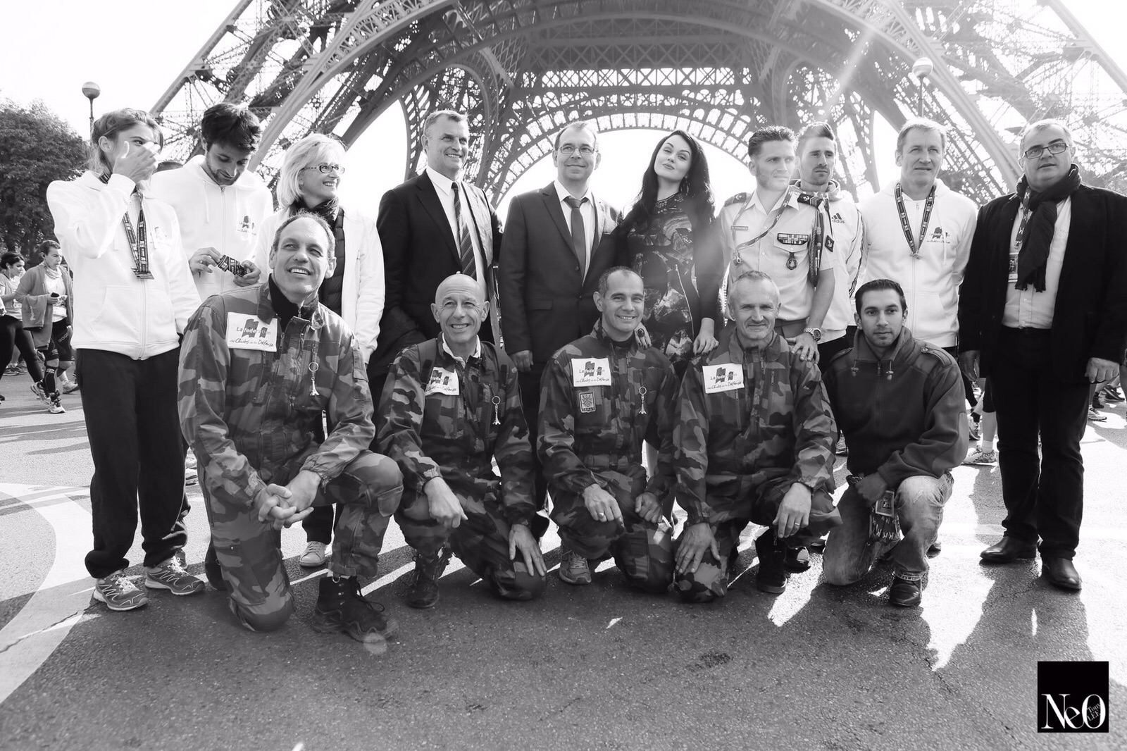 Viktoria with the French army parachutists & the army federation