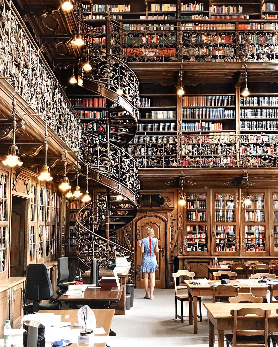 Juristich Bibliothek