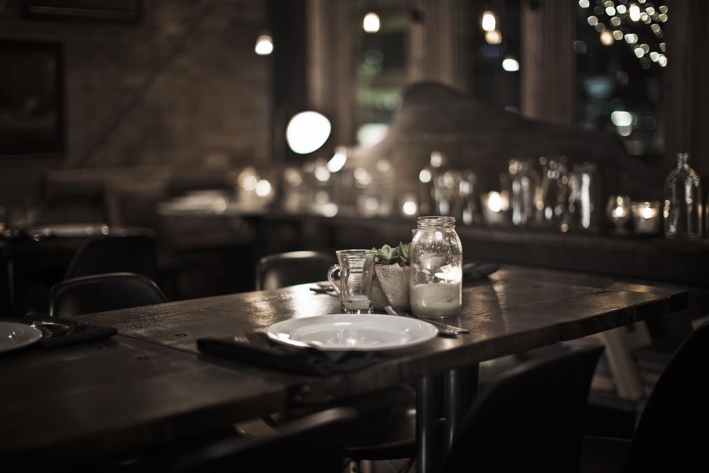 pallet-bistro-evening-table.jpg
