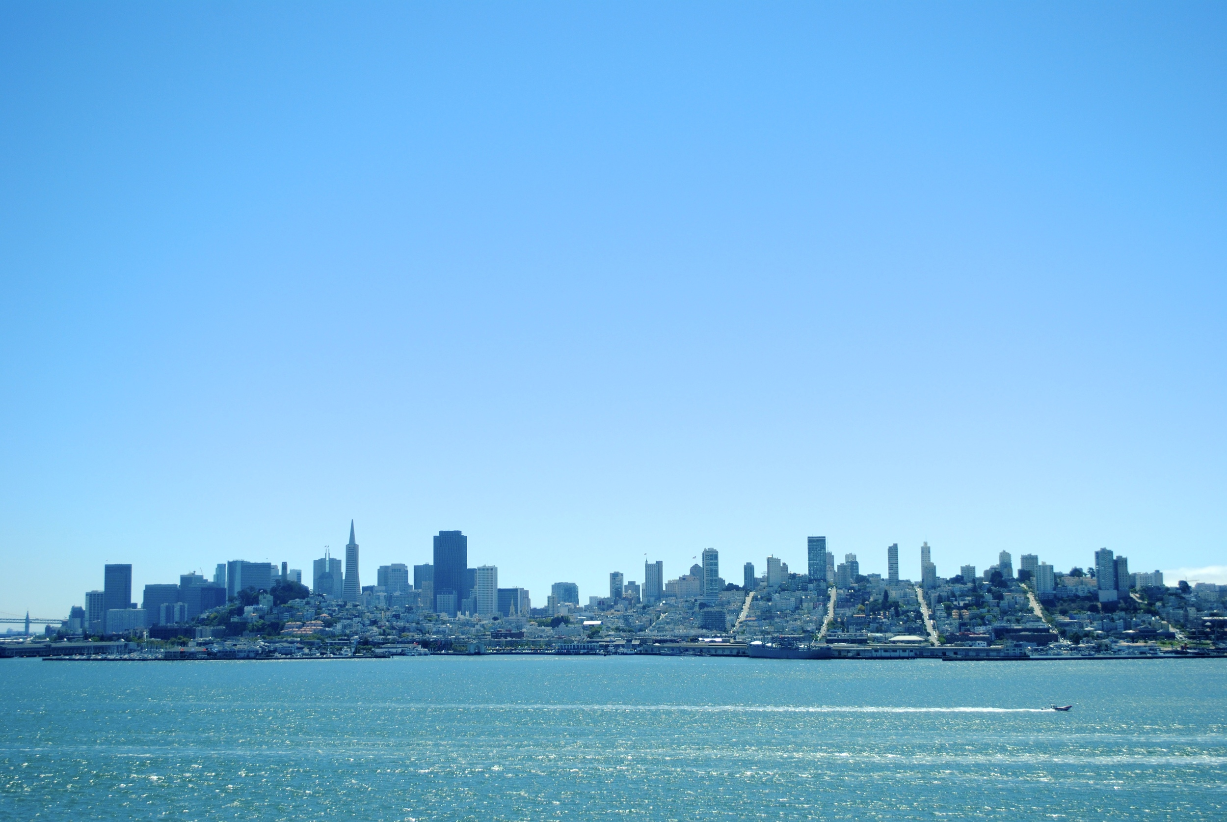 View of San Francisco on the way to Alcatraz.