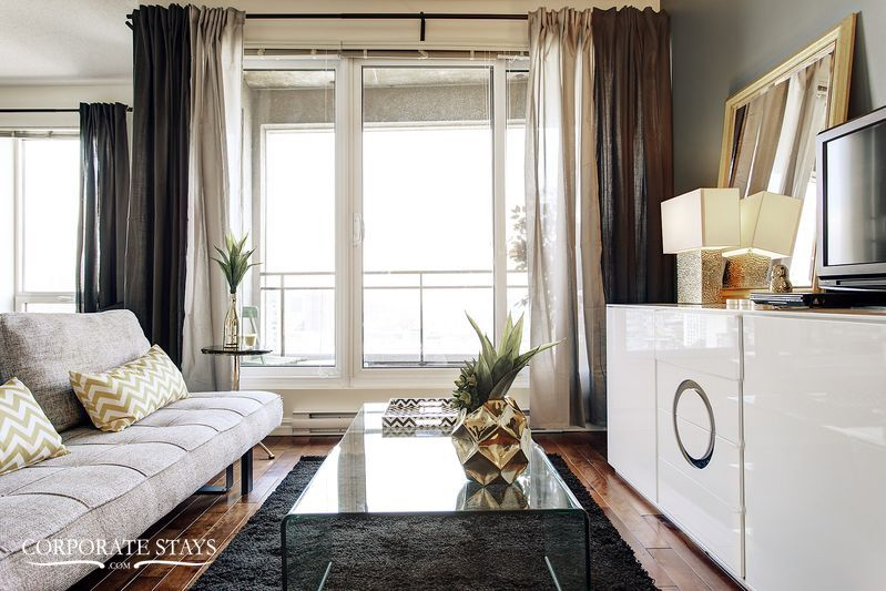 03montreal_furnished_luxury_suite_magnolia[1].jpg