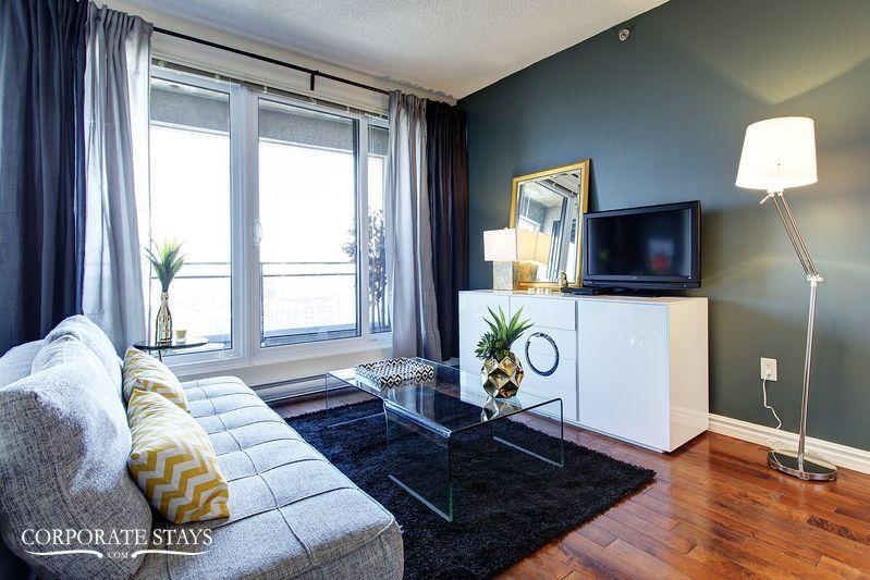 02montreal_furnished_luxury_suite_magnolia[1].jpg