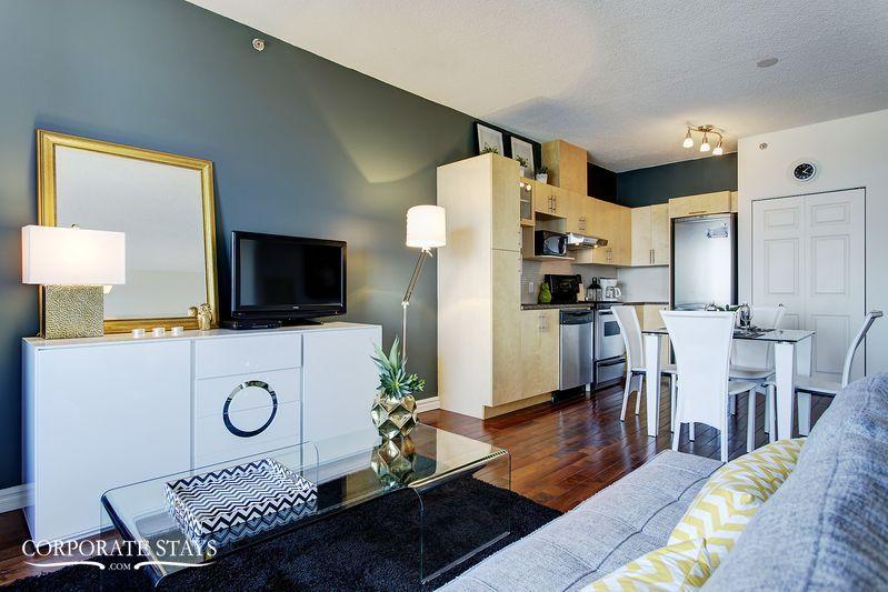 04montreal_furnished_luxury_suite_magnolia[1].jpg