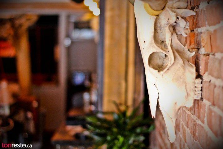 1068~v~Restaurant_a_Quebec_tonresto_ca__Jack_Saloon[2].jpg
