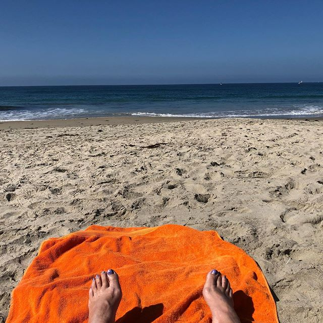 No better way to clear your head, right? 🏖🏊♀️☀️