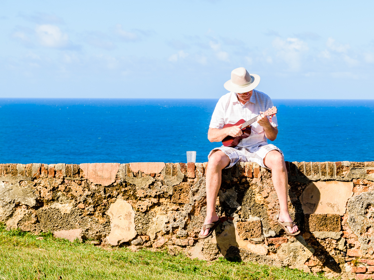 Rollie and his Ukulele