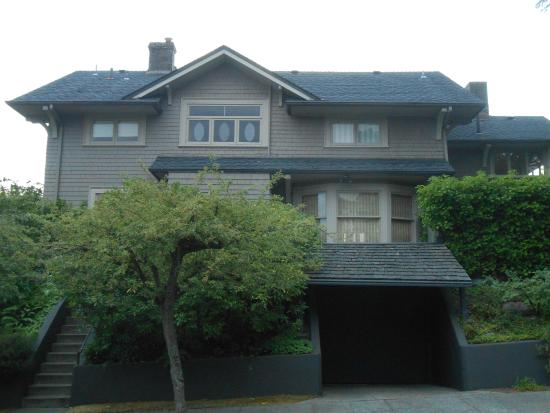 Meredith Grey's house from Grey's Anatomy located in Queen Anne.   Photo Credit