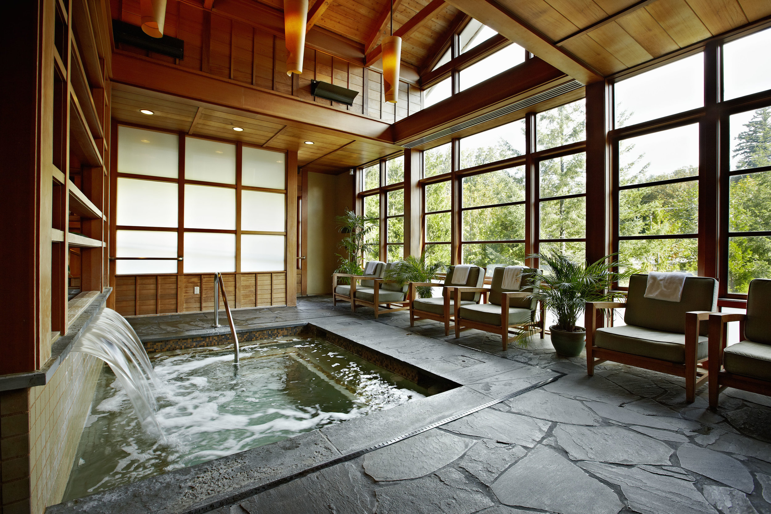 The soaking pools at Salish are calling your nameeee. Photo cred: Salish Lodge and Spa