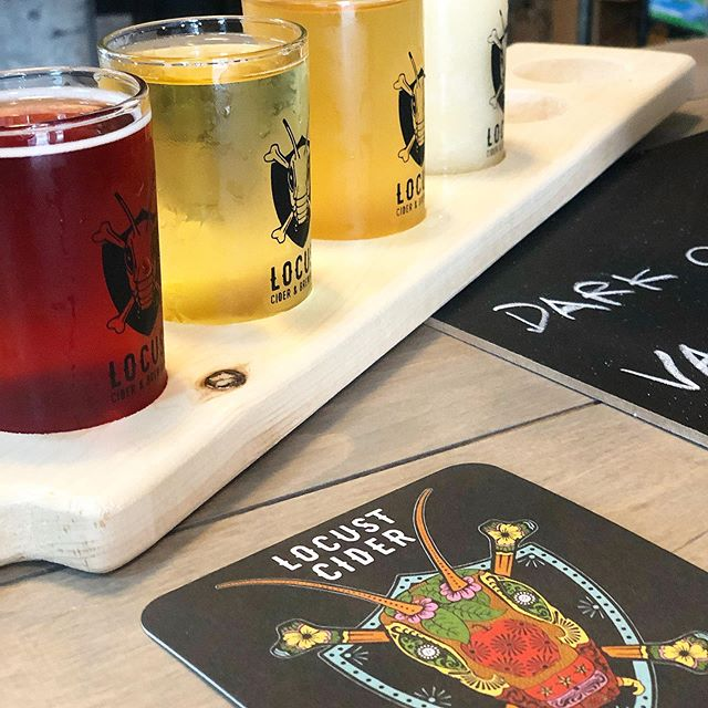New taproom alert! Harbor steps is home to a new @locustwashington location. We stopped in and had a blast in their open and colorful spot trying a few of their ciders + a slushee. Favorites included Black Cherry and Honey Pear. 🍒🍐🍻